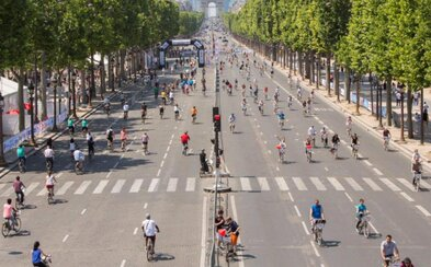 Paříž se na jeden den zbavuje aut. Vozidla neuvidíš dokonce ani v okolí Eiffelovy věže