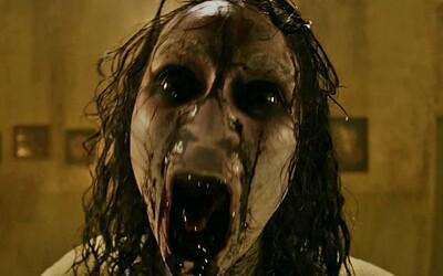 Parta kamarádů probudí v brutálním hororu démona, který je začne nemilosrdně vraždit a trhat na kusy