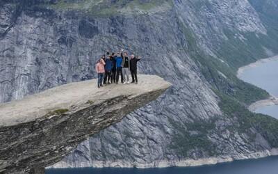 Partia Slovákov si odpustila pár piatkov a vybrali sa do Nórska. Za čo najmenej peňazí zažili najviac bláznovstiev (Rozhovor)
