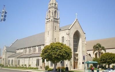Pastor organizoval mše navzdory pandemii, majitel kostela mu vyměnil zámky. Dovnitř se už nedostane nikdo