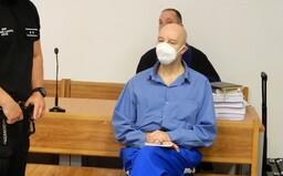 Pavol Rusko už nemá prelepené oči a výrazne schudol. Na súde dnes počúval výpoveď bývalého bosa sýkorovcov Borbélyho
