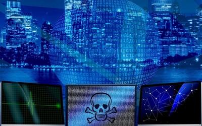 Pegasus je kybernetická zbraň jako z nejhorších nočních můr. Neexistuje žádná ochrana, mobil musel měnit i Macron