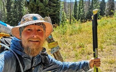 Pět tisíc kilometrů pěšky přes Spojené státy. Pavel Sabela zvládnul Continental Divide Trail (Rozhovor)