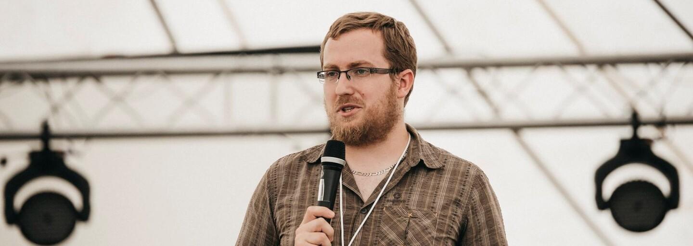 Pete z organizácie NePornu: Drvivé percento závislých od pornografie sú stále muži, ale píšu nám aj ženy (Rozhovor)