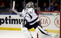 Peter Budaj kráľom brankárov v NHL. Na konte má už 7 shutoutov a vedie ligu v tejto štatistike