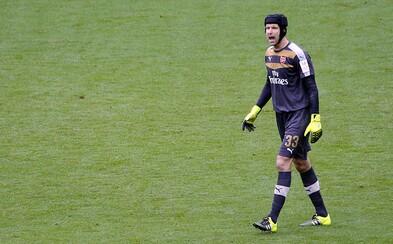 Petr Čech vychytal už 200. čisté konto v Premier League. V dějinách soutěže na svém postu nemá konkurenci