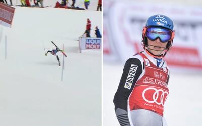 Petra Vlhová sa po veľkej chybe z 1. kola fenomenálne vrátila až do top 10 v slalome vo švédskom Aare