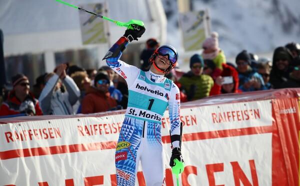Petra Vlhová vyhrala paralelný slalom vo švajčiarskom St. Moritzi