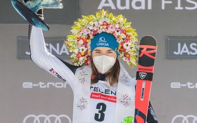 Petra Vlhová získala veľký krištáľový glóbus pre víťazku Svetového pohára! Nezastavilo ju ani zaváhanie v prvom kole slalomu
