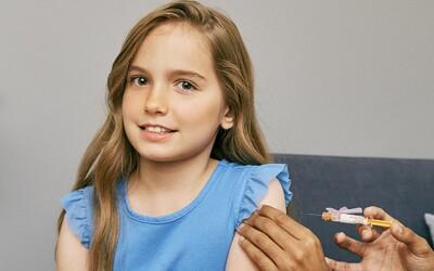 Pfizer a Biontech už čekají výsledky výzkumu vakcín pro děti od 5 do 11 let. Brzy požádají o jejich schválení