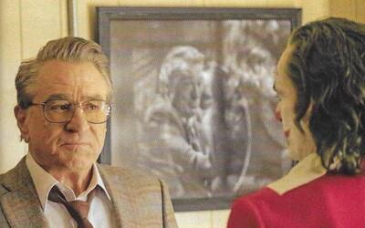 Phoenixův Joker nebyl natočený podle komiksů. Na nových fotkách představuje i De Nirovu postavu