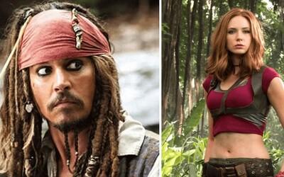 Piráti z Karibiku bez Jacka Sparrowa? Johnnyho Deppa údajně nahradí Karen Gillan z Jumanji a Strážců galaxie