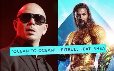 Pitbull svým coverem zničil legendární skladbu Toto - Africa. Směje se mu celý internet