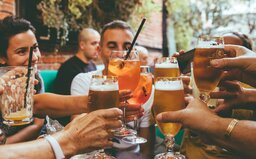 Pití jakéhokoli množství alkoholu poškozuje mozek, zjistila studie