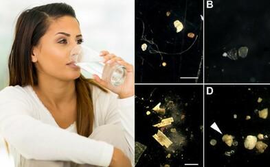 Pitná voda v Česku obsahuje mikroplasty, zjistili vědci z Akademie věd