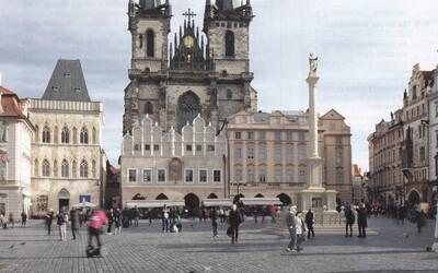 Po 112 letech se na Staroměstské náměstí vrátil mariánský sloup