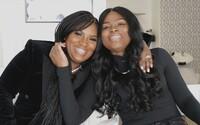 Po 17 rokoch priateľstva zistili, že sú sestry. Prišli na to náhodou, DNA test si ich otec dal urobiť kvôli fotke na Facebooku