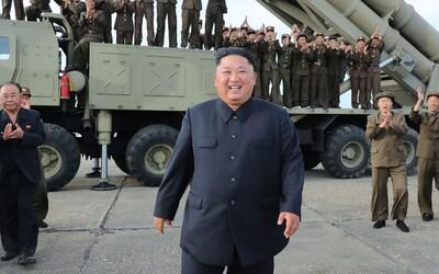 Po dvoch týždňoch prišla prvá správa od Kim Čong-una: Znamená to, že žije?