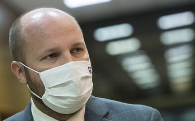 Po Matovičovi skončil v karanténe aj minister obrany Jaroslav Naď. Bol v kontakte s pozitívne testovanou osobou