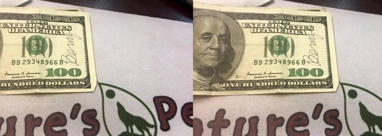 Po meste už dokopy ukryl cez 55-tisíc dolárov a bankovky necháva v obchodoch či na festivaloch. Ľudia s nimi spontánne robia dobré skutky