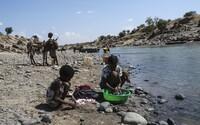 Po řece mezi etiopským Tigrajem a Súdánem pluly desítky mrtvých těl