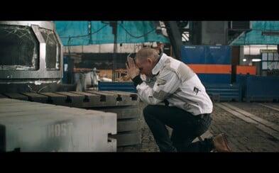 Po ročnom úsilí predstavuje Vladimir 518 jedinečný a prepracovaný videoklip na skladbu Ať se to neposere!