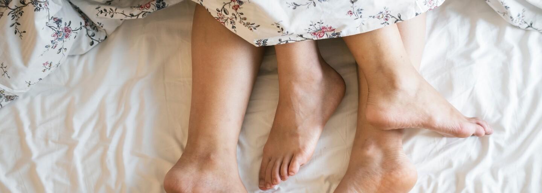 Po sexe objednávame jedlo a hneď kontrolujeme sociálne siete. Aké aktivity dominujú krátko po intímnych chvíľach?