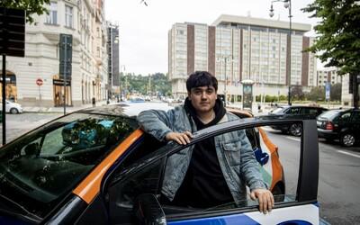 Po taxících a koloběžkách začíná trend sdílených aut. Mladí lidé chtějí komfort a platit jen za to, co opravdu využívají