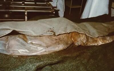 Po zavraždení manželky telo zabalil do koberca a vyniesol na balkón, kde sa počas zimy odohral proces mumifikácie