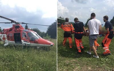 Počas automobilových pretekov na Dobšinskom kopci vyletelo auto mimo cesty a vrazilo do 32-ročného muža
