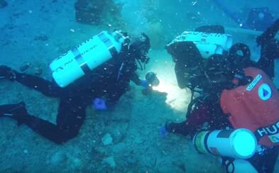 Pod mořskou hladinou se ve vraku lodi našla 2000 let stará kostra námořníka. Její analýza nám toho odhalí mnohem více
