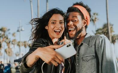Podcast: Existuje přátelství mezi mužem a ženou? Náš moderátor se svěřil s tím, jakou udělal prasárnu