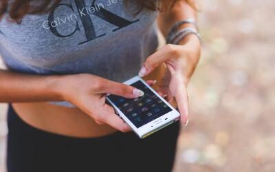 Podcast: Láska, sex a trápení. Proč se lidé stydí za to, že používají Tinder?