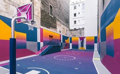 Podívej se na nejhezčí basketbalové hřiště na světě. Vzniklo v Paříži a propojuje vizuální minulost s budoucností