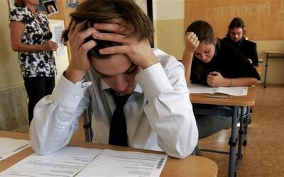 Podívej se na otázky a odpovědi dnešního didaktického testu z češtiny. Dle studentů se jedná o jeden z nejsložitějších