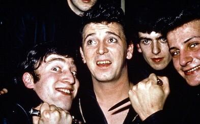 Podľa analytikov sa The Beatles stali úspešnými najmä vďaka drogám. Oddávanie sa ich vplyvu stvorilo hudbu, ktorá dobyla svet