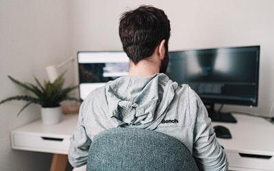 Podle studie mají lidé, kteří dlouhodobě pracují z domu větší tendenci k předsudkům a rasismu
