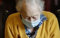 Podvodník zavolal důchodkyni a žádal po ní 200 tisíc korun na injekci pro její dceru, která leží na plicní ventilaci