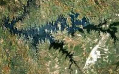 Pohľad na členitosť zemského povrchu zo satelitných snímkov Google Earth