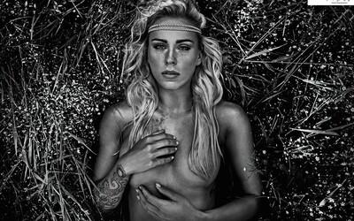 Pokochaj sa pohľadom na vyšportované nahé telá prostredníctvom dychberúcich záberov