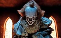 Pokračovanie hororu It s desivým Pennywiseom sa začne natáčať už v lete