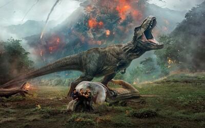 Pokračovanie Jurassic World je šialenou a vizuálne atraktívnou jazdou, avšak bez logiky a originality (Recenzia)