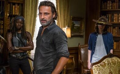 Pokračovanie siedmej série The Walking Dead sa podľa nového videa ponesie v znamení vytvárania spojenectiev a príprav na vojnu proti Neganovi
