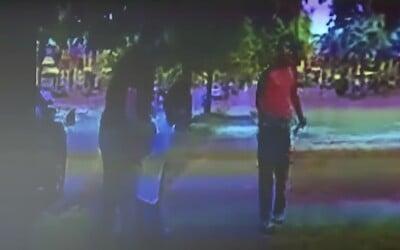 Policajt v Detroite zastrelil ozbrojeného Afroameričana, ktorý strieľal na mužov zákona ako prvý