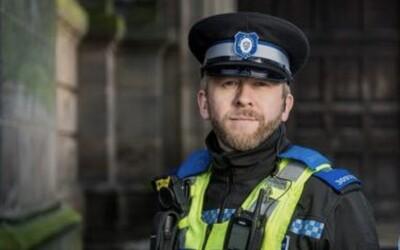 Policajt z Británie má fenomenálnu pamäť, rozoznal už 2 000 podozrivých