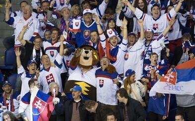 Policajti už vyšetrujú slovenských fanúšikov, ktorí na ľad hádzali predmety po zápase s Kanadou