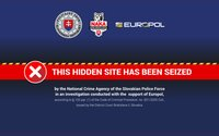 Polícia klepla po prstoch Slovákovi, ktorý prevádzkoval nelegálny e-shop. Cez dark web predával zbrane aj drogy
