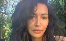 Polícia našla telo v jazere v Kalifornii. Zrejme patrí stratenej herečke známej z muzikálu Glee