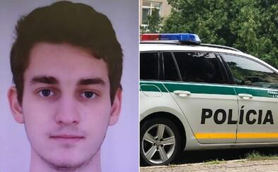 Polícia pátra po 22-ročnom Slovákovi, ktorý sa pokúsil o vraždu. Nožom zasiahol ženu do krku, museli ju operovať