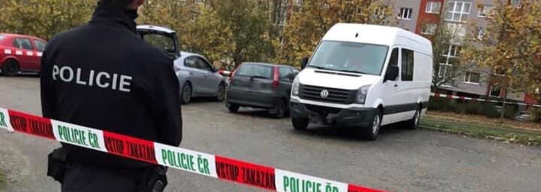 Polícia v Česku zasahuje proti extrémistom, niektorých spájajú s bojmi na Ukrajine